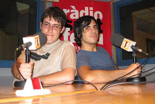 Dos bloguers al locutori principal de Ràdio Sant Feliu
